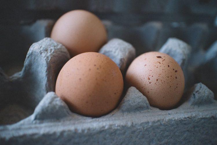 Truc: snel eieren pellen